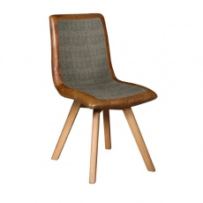 Eve Chair with Wooden Legs