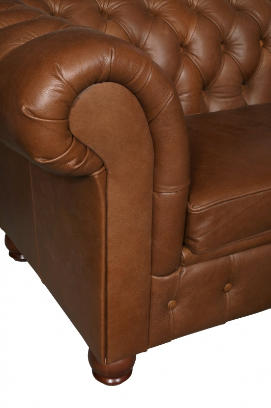 vintage Chesterfield Lux Chair